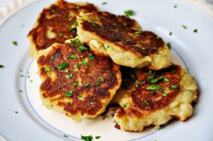 irish boxty, potato pancake, irish pub, guiness beer, irish whiskey